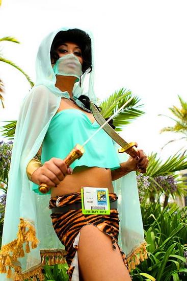Super-héros - Jasmine pour Halloween