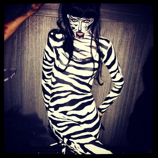 Modèle Ginta Lapina sur Halloween