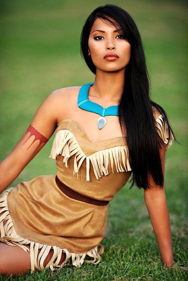 Pocahontas belle robe sur Halloween