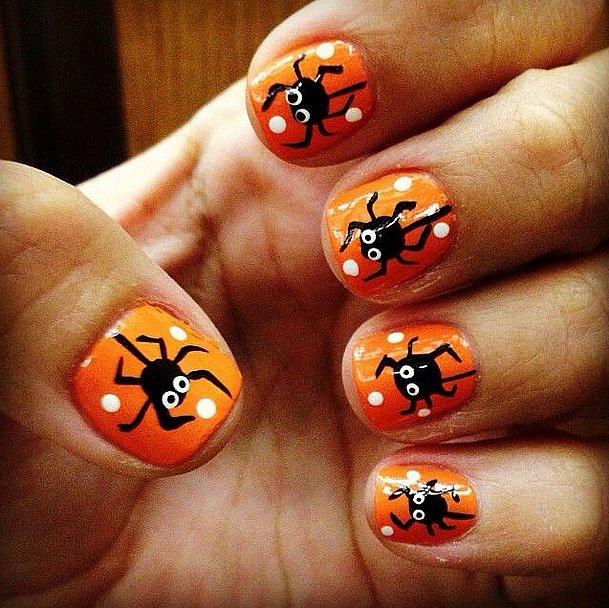 10. Manucure d'Halloween