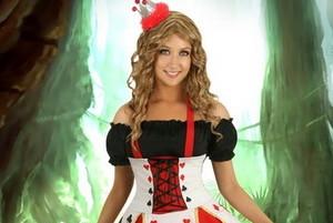Reine de Coeur — déguisement Halloween adulte