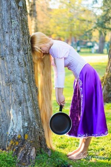 Belle Rapunzel déguisement pour Halloween